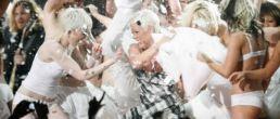 So What de Pink para los MTV Europe Music Awards