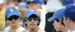Joe Jonas y Camilla Belle juntos y en público!