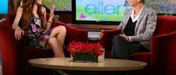 Lindsay Lohan ultra delgada en el Show de Ellen