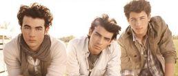 La nueva portada de los Jonas Brothers