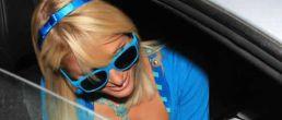 Paris Hilton terminó con su novio + Otro Upskirt