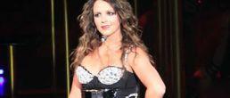 Britney rellenita durante su concierto en Paris?
