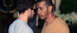 Justin Timberlake enfrenta a paparazzi agresivo