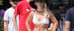 Tremendas fotos de Britney en bikini blanco!