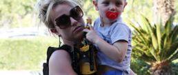Britney y sus hijos en día de cine
