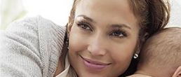 """Vistazo a la nueva campaña de Jennifer Lopez """"My Glow"""""""