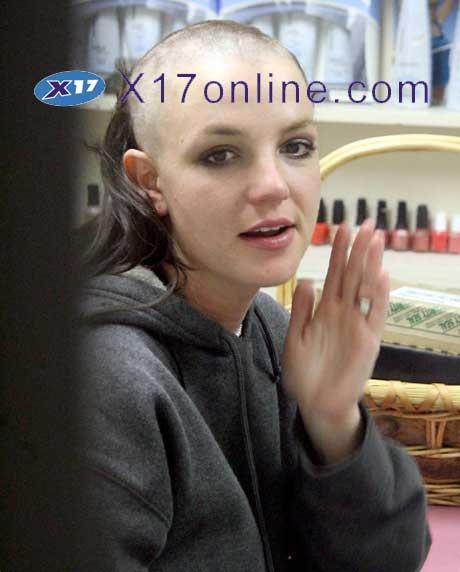 Britney pelona