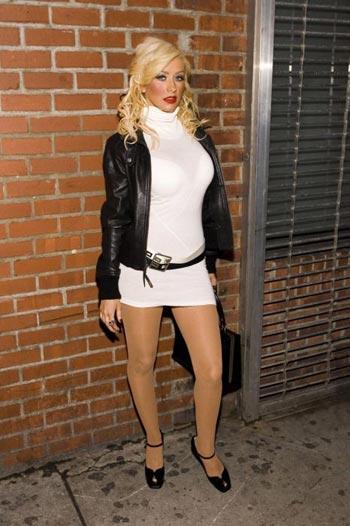 Christina Aguilera se prostituye en las calles 6