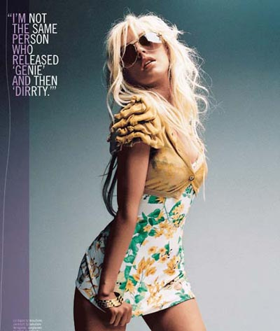 Christina Aguilera en Nylon 3