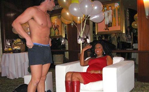 Strippers en el Baby Shower de Melanie Brown