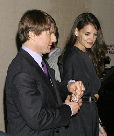Katie Holmes abandonó a Tom Cruise