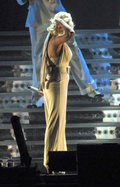 Confirmaron embarazo de Christina Aguilera 2