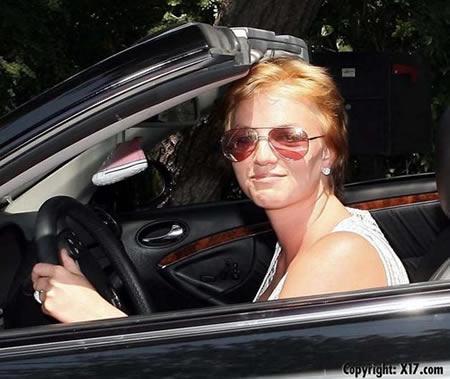 Britney Spears sin peluca