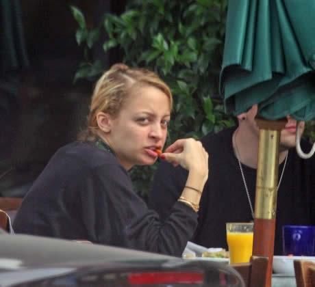 A Nicole Richie ya no le preocupa el sobrepeso 4