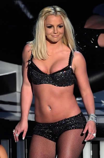 Vergonzosa reaparición de Britney 3