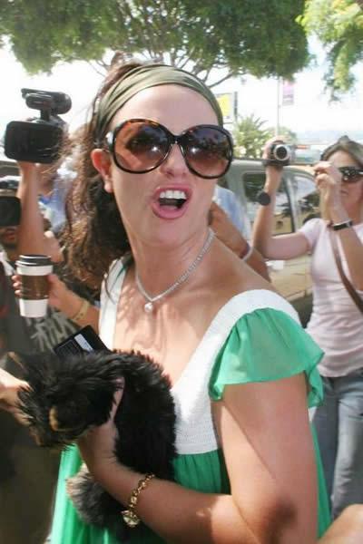 Britney Spears vuelve a rehabilitación