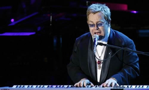 Elton John pornografía infantil