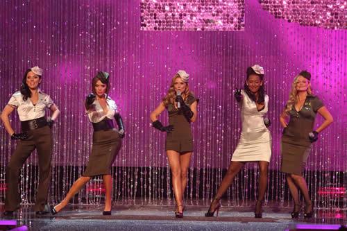 Gran retorno de Spice Girls - Victoria Secret Fashion Show 9