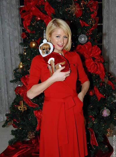 Paris Hilton desea Felíz Navidad