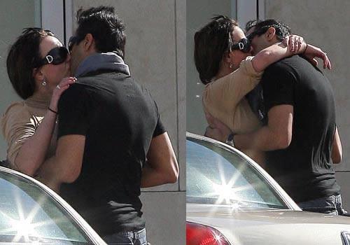 Britney besando a su paparazzi