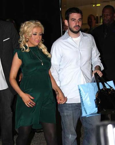 Christina Aguilera dió a luz