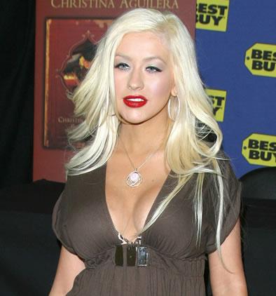Christina Aguilera mostró su figura