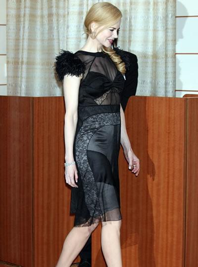 Nicole Kidman muestra su pancita 2