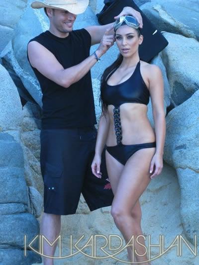 kim_kardashian_calendario_bikini_5