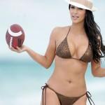 kim_kardashian_jugando_bikini_4