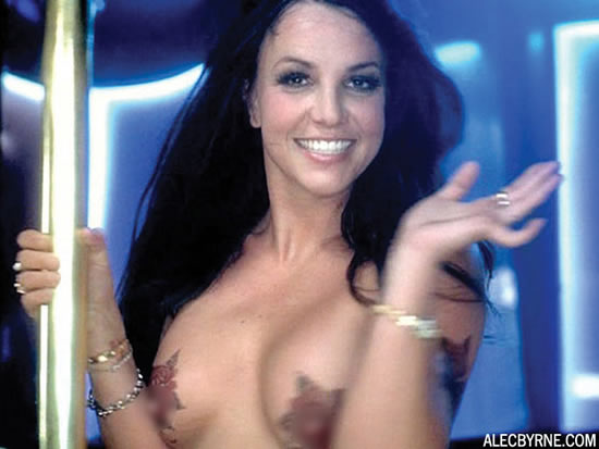 britney_spears_topless_fotos_7