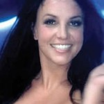 britney_spears_topless_fotos_port