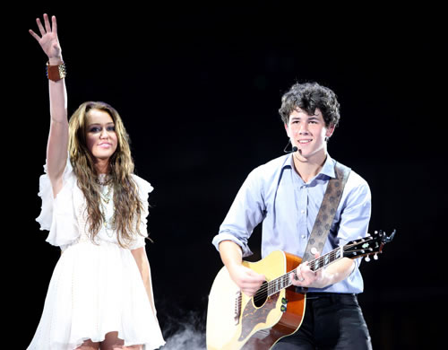 miley_nick_juntos_en_vivo