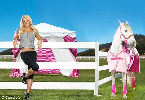 britney_spears_candies_promo_4