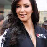 kim_kardashian_chica_bandera_6