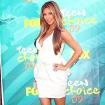 kim_kardashian_teen_choice_2009_2