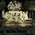 michael_jackson_fue_enterrado_port