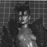 rihanna_topless_vogue_port
