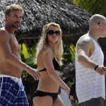 britney_spears_bikini_negro_mexico_port