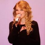 2009_American_Music_Awards_Taylor_Swift