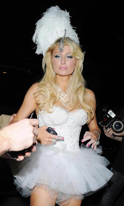 paris_hilton_halloween_klum