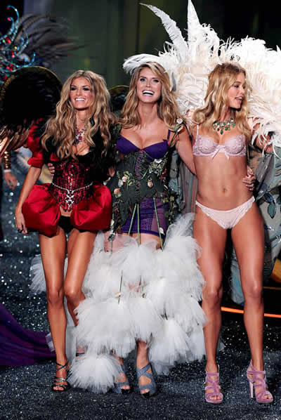 victoria_secret_fashion_show_2009_3