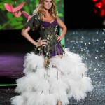 victoria_secret_fashion_show_2009_heidi_klum_3