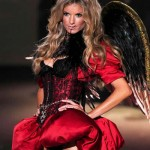 victoria_secret_fashion_show_2009_marissa_miller_5