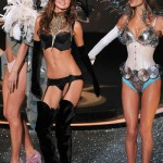 victoria_secret_fashion_show_2009_miranda_kerr_4