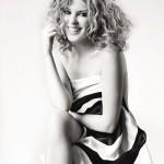 Kylie_Minogue_se_desnuda