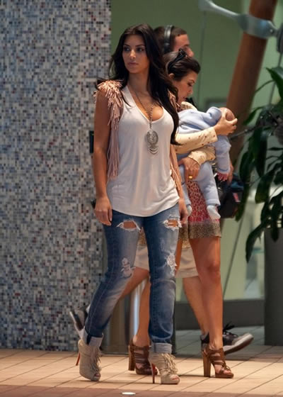 kim_kourtney_mason_11