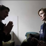 Angelina_Jolie_Brad_Pitt_visitan_Bosnia_4