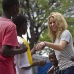 Shakira_escuela_Haiti_2