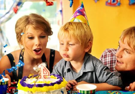 Taylor Swift video Mine 2