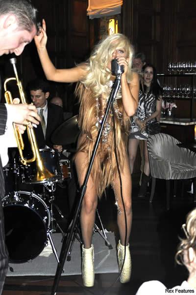 Lada Gaga vestido de cabello 2